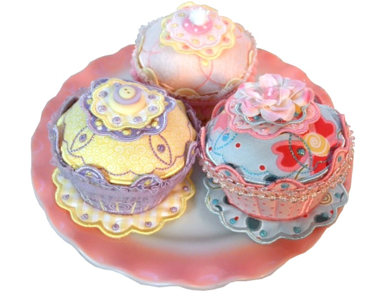 Magnetic Cupcake Pincushion
